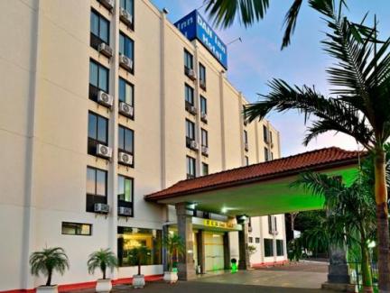 Conheça Hotel Nacional Inn Araraquara